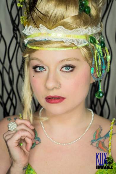 Klix Imagez & Mary - Green with Envy. Marie Antoinette
