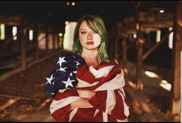God Bless America - 2.0 Photographer: Tate Chmielewski Shelbyville, Ky MUAH: Mary with the Green Hair Mary Horsley Navy Veteran American Flag Photoshoot